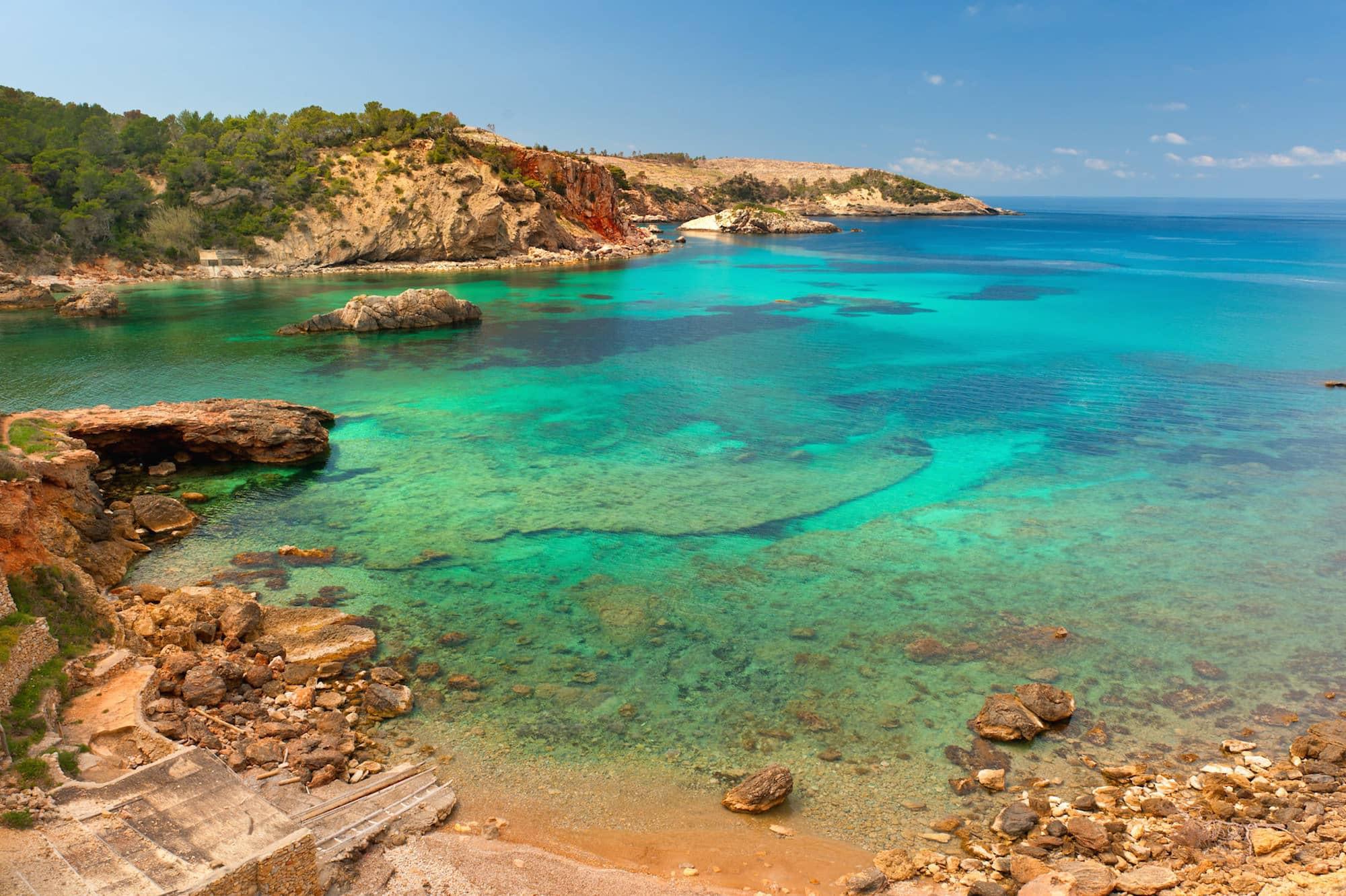 Фото на пляже в испании, На испанском пляже это делать можно (фото) 19 фотография
