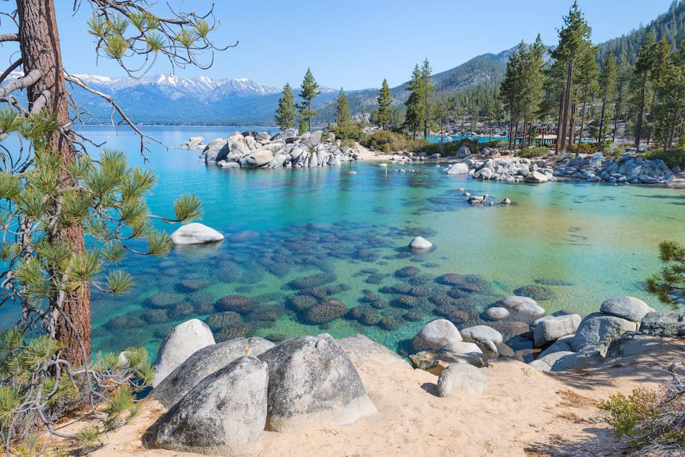 Beach weather in sand harbor lake tahoe united states in for Warm places to visit in december in usa