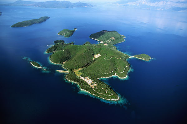 Top 14 Islands Owned By Celebrities